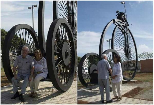 Camagüeyana Marta Jiménez regala escultura de gran formato a la capital cubana
