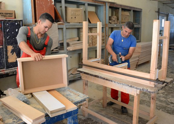 Camag ey will upgrade its furniture industry photos for Muebles industria