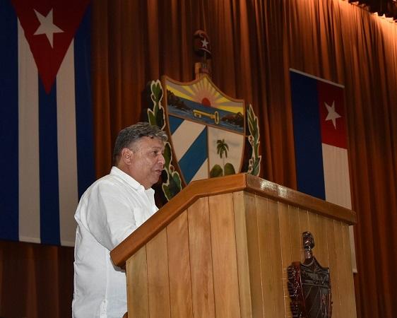 Trabaja Cuba en el perfeccionamiento de su sistema empresarial estatal
