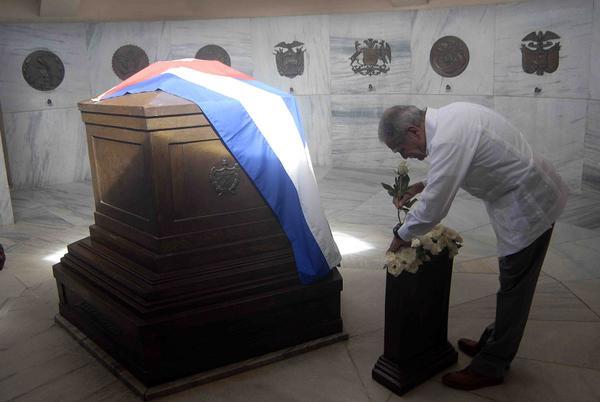 López Rivera rindió tributo a Mariana, Céspedes, Martí y a Fidel