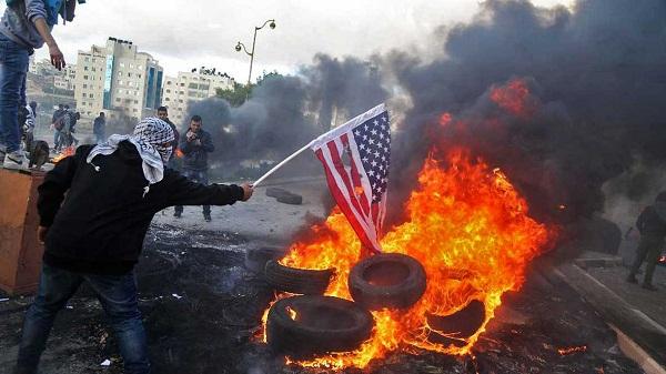 Aumentan enfrentamientos en Palestina tras decisión de Trump sobre Jerusalén