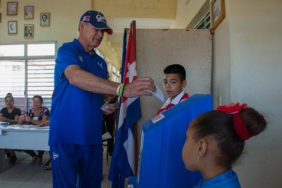 En Camagüey ha votado el 34,2 % de los electores (+ Audio)