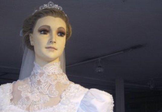 ¿Maniquí o momia? La leyenda se teje en Chihuahua, México