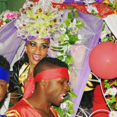 Arrancaron los paseos del Carnaval por los Toros (+ Fotos y Videos)
