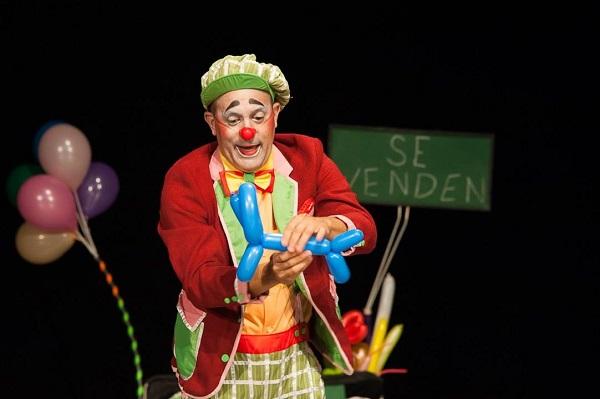A mal tiempo, la risastencia de Teatro Tuyo (+ Fotos y Posts)