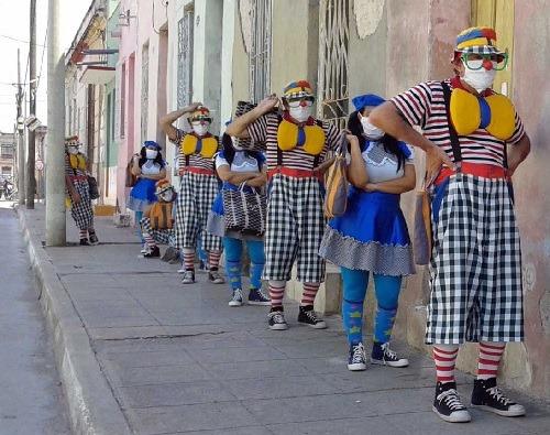 En Camagüey, el arte del clown entretiene y educa en tiempos de COVID-19 (+ Videos)