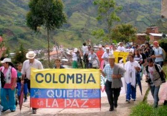 Colombianos apoyarán acuerdos de paz en futuro plebiscito