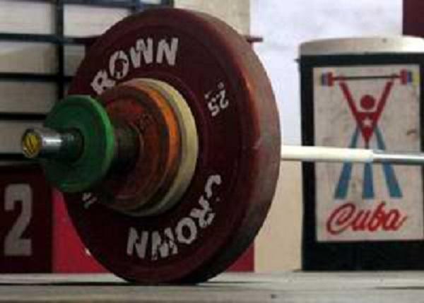 Compiten hoy dos cubanos en Campeonato Mundial de Levantamiento de pesas