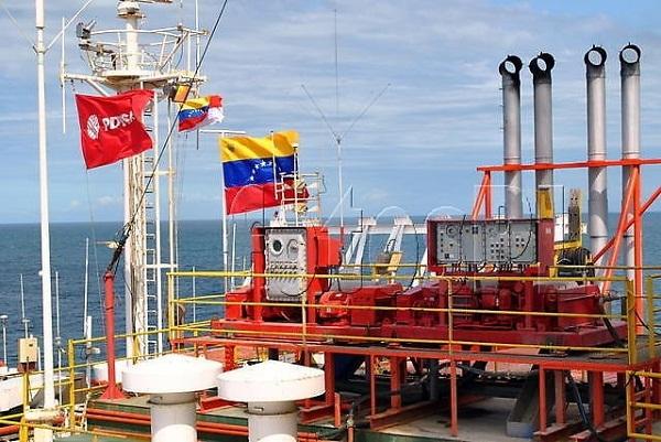 Venezuela estabiliza producción de petróleo a pesar del bloqueo estadounidense