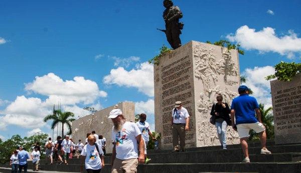 Por los caminos del Che al centro de Cuba