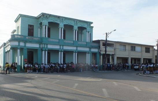 Allí, desde donde por primera vez habló Fidel al pueblo camagüeyano el 4 de enero de 1959, continúa indetenible la educación para todos.
