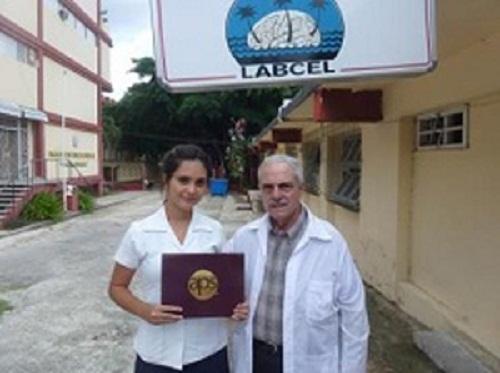 Estudiante cubana de Medicina gana premio internacional de Fisiología