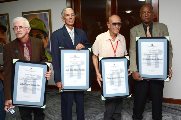 Premian vida y obra de la Ingeniería cubana