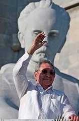 Preside Raúl Castro acto por el Primero de Mayo en La  Habana