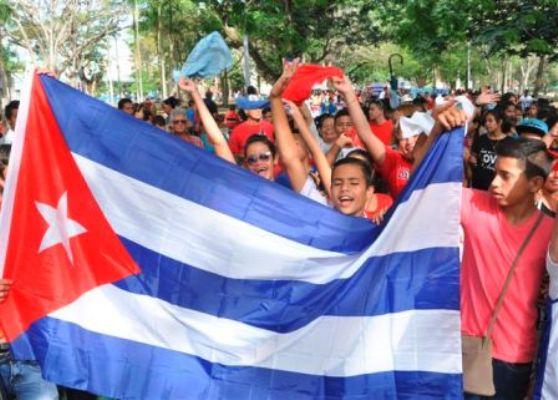 Niños y adolescentes camagüeyanos anticipan celebración del Día de los Trabajadores (+ Fotos)