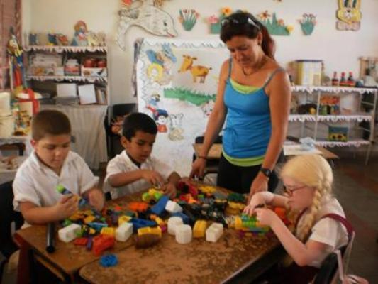 Convocan en Cuba a continuar labor por educación integral e inclusiva