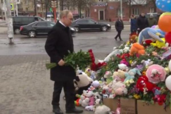 Rinde homenaje Putin a fallecidos en incendio de Kemerovo