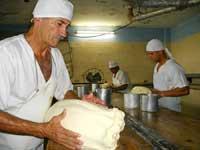 Camagüey garantiza leche cuajada a queseras de varias provincias