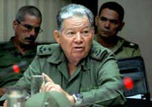 Recorre Jefe de Defensa Civil zonas afectadas por lluvias en Cuba