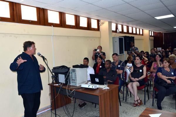 Ramón Labañino considera la inteligencia del pueblo principal recurso de Cuba