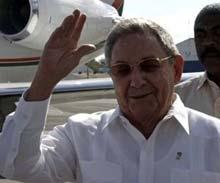 Presidente cubano Raúl Castro en Bolivia para participar en Cumbre de G-77
