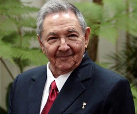 Encabeza presidente cubano Raúl Castro delegación a Cumbre CARICOM-Cuba