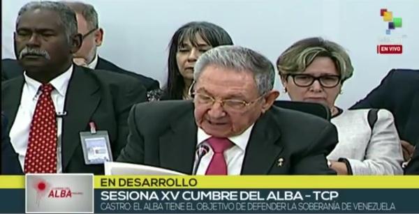 Defiende Raúl Castro derecho de Venezuela a su soberanía