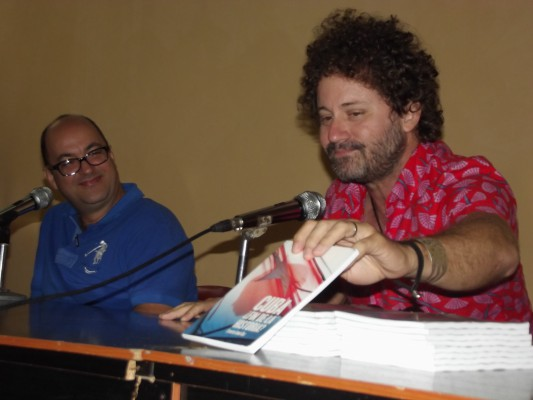 Presentan en Camagüey el libro Cuba ¿Fin de la Historia? (+Audio y Fotos)