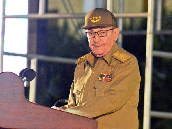 Convoca Raúl Castro a ejercicio democrático en torno a Constitución de la República (+ Video)