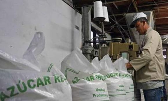 Ignacio Agramonte refinery has enough processed sugar to fulfill government plan