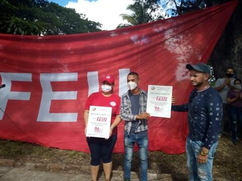 Universitarios camagüeyanos celebraran aniversario 98 de su organización en el surco (+ Fotos)