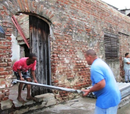 Apoyan labores de recuperación en Centro Histórico de Camagüey