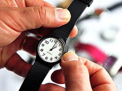 A las 12 de la noche adelante una hora a su reloj