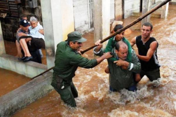 Cuba comparte experiencias en el enfrentamiento de desastres