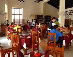 En Camagüey: homenaje a dirigentes sindicales de Comercio y Gastronomía