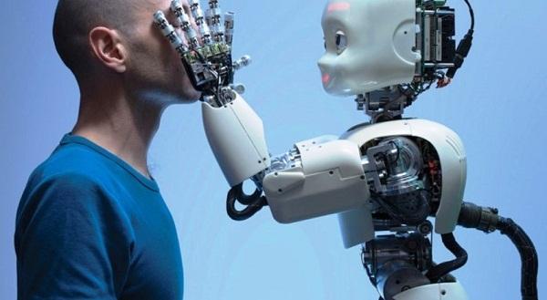 Robot creado en Gran Bretaña actúa como un ser humano