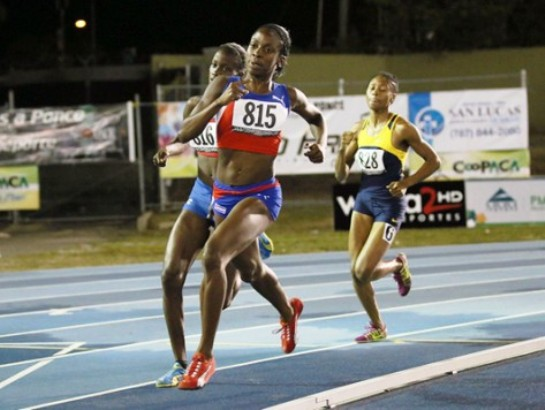 Camagüeyana Rosemary Almanza clasificó a semifinales de 800 metros de Mundial de Atletismo