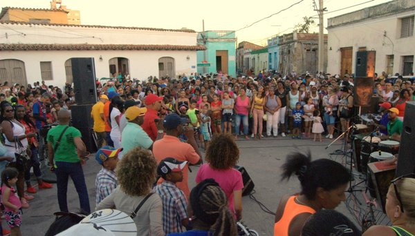 Camagüey se engalanó con rumba (+ Fotos y Video)