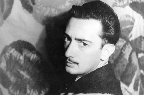 Exhumarán restos del pintor surrealista Salvador Dalí