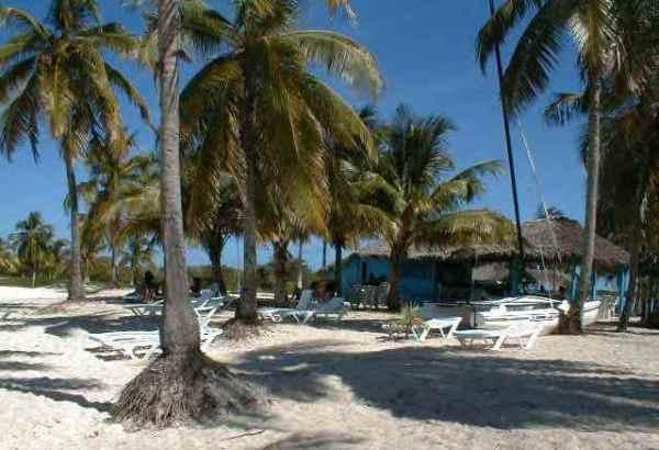 Recuperan servicios que dan vitalidad al balneario camagüeyano de Santa Lucía