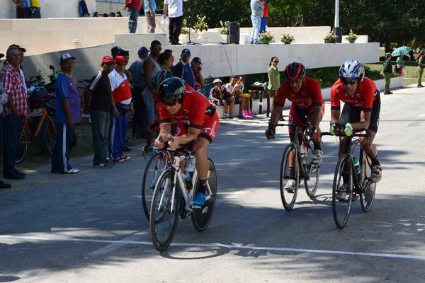 Santiago de Cuba gana carrera Contrarreloj de Clásico de Ciclismo