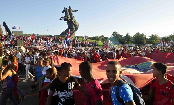 Destacan trascendencia del 1ro de Mayo en Cuba