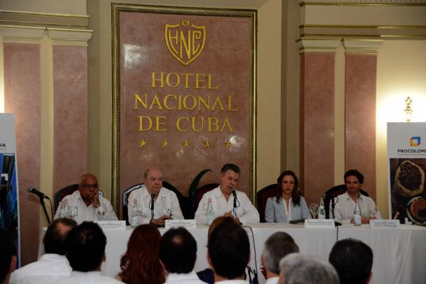 Presidente de Colombia agradece a Cuba apoyo al proceso de paz (+ Fotos)