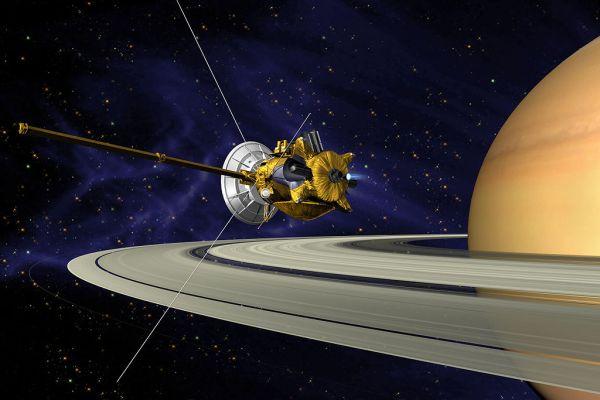 Cassini aporta nuevas fotos desde Saturno
