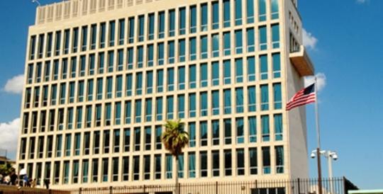 Congresistas y organizaciones estadounidenses rechazan retirada de personal diplomático de La Habana