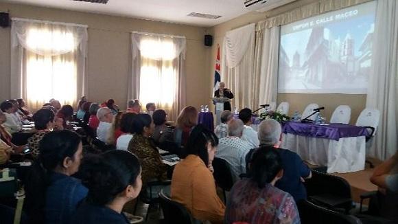 Expertos debaten en Camagüey sobre desafíos en manejo y gestión de ciudades (+ Fotos)