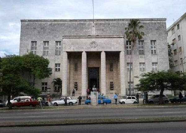 Electa científica cubana para presidir Sociedad Económica