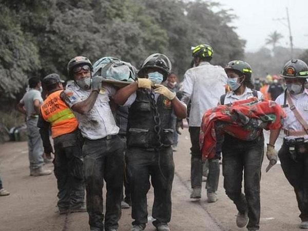 Continúa búsqueda de sobrevivientes en Guatemala