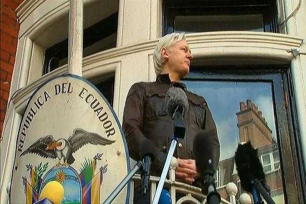 Rechaza defensa de Assange su salida de la embajada ecuatoriana en Reino Unido