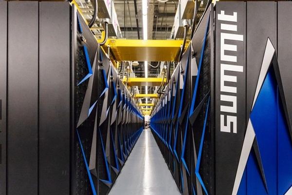 Nace Summit, la súper computadora más poderosa del planeta